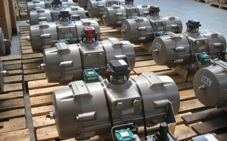 special R&P pneumatic actuators, for high cycle, up to 120.000 per year for paraxylene production